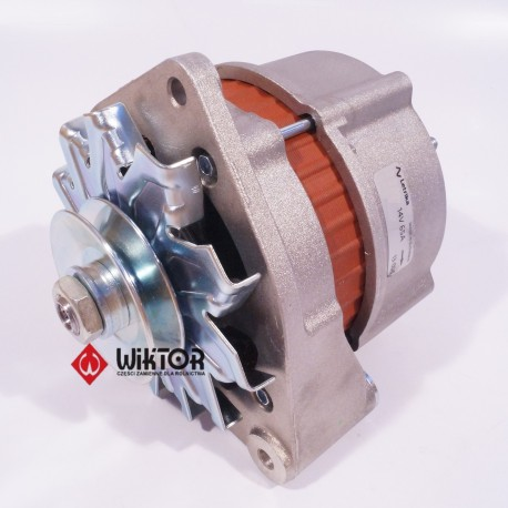 Alternator  CLAAS 14v / 65A 685498 cl685498 000685498 6005706652 X830060020000 2500986039800